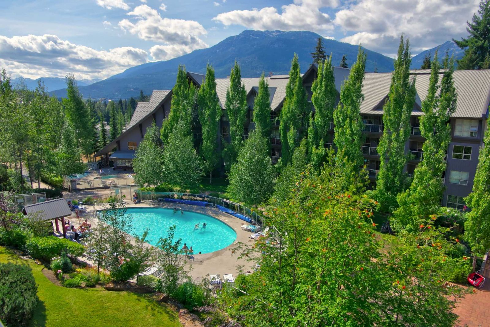 Aspens Lodge pool