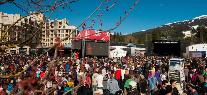 Crowd at the World Ski & Snowboard Festival